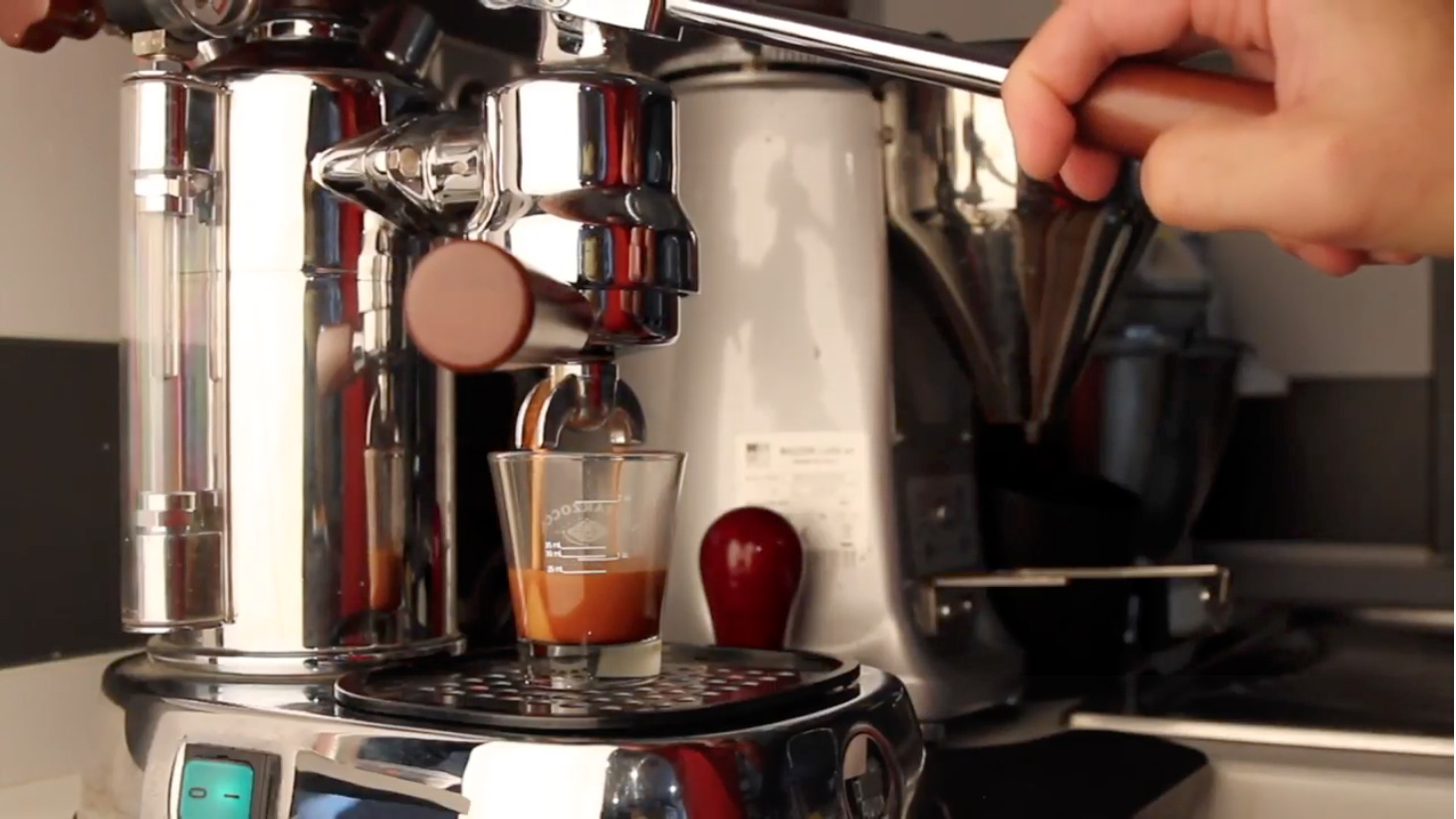 Espresso na La Pavoni professional