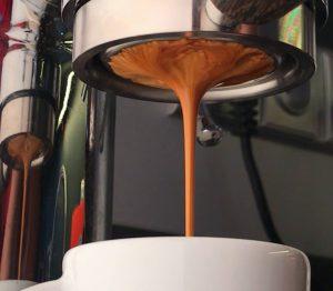 Vitajte na mojom blogu o káve! Dovoľte mi predstaviť sa…